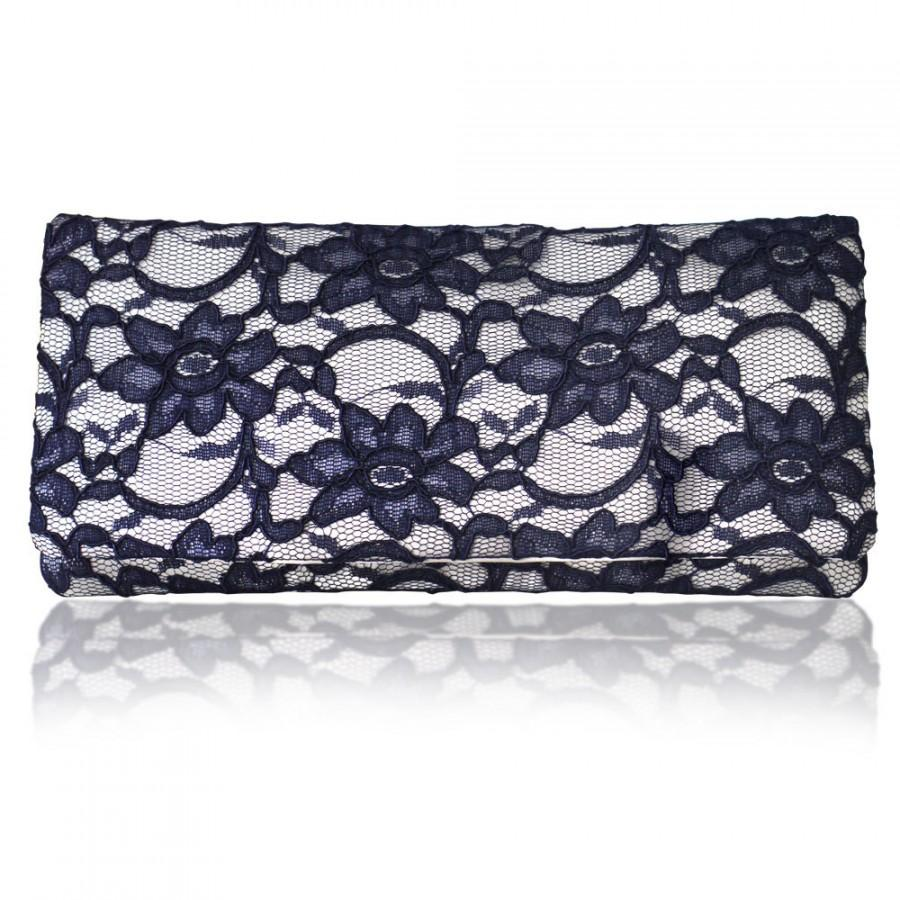 Mariage - Ivory and navy lace Astrid simple clutch purse
