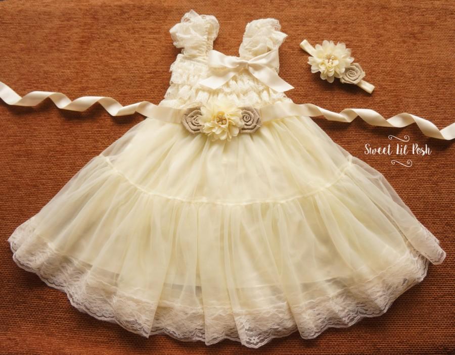 Hochzeit - Ivory Lace Flower Girl Dress, Flower Girl Dress, Ivory Flower Girl Dress, Rustic Flower Girl Dress, Junior Bridesmaid, Country Wedding Girl