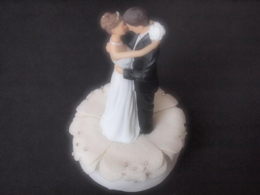 زفاف - Cake Topper Wedding Ivory Flower Bride Groom
