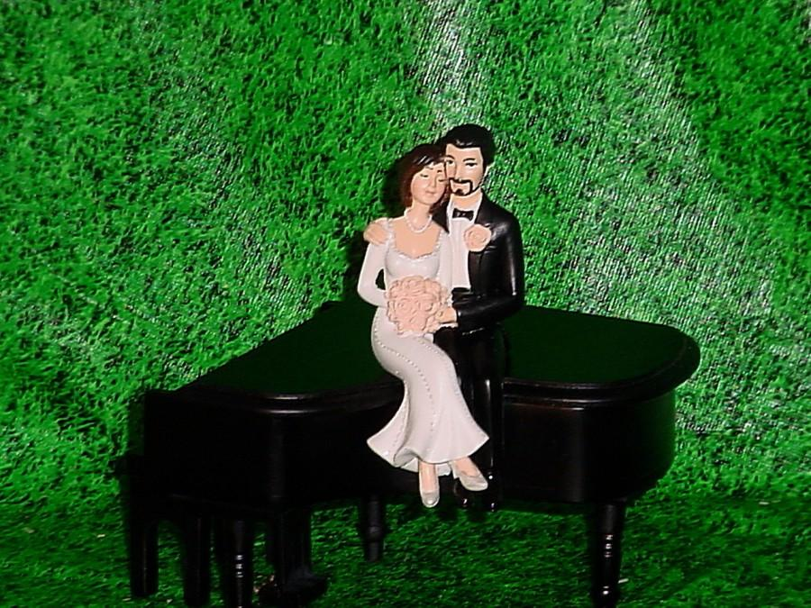 Mariage - Black Baby Grand Piano Music lover Couple Fun Musical Groom Wedding Cake Topper-Funny Weddings Mr Love Mrs Groom's Cake decorating ideas 1A