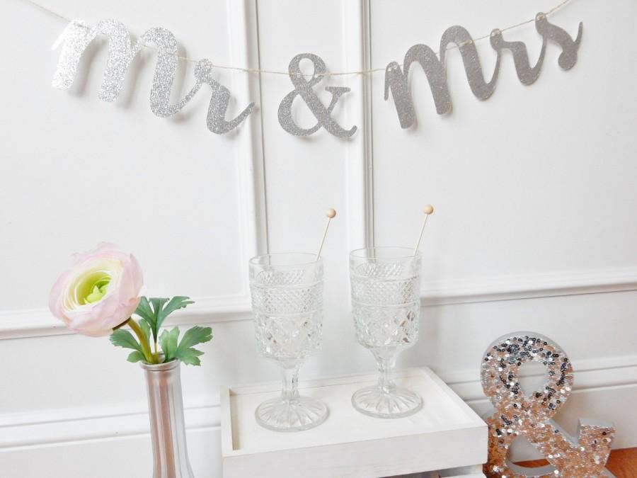 Wedding - Mr & Mrs Banner - Wedding Banner - Wedding Decor - Fairytale Wedding - Sweetheart Table