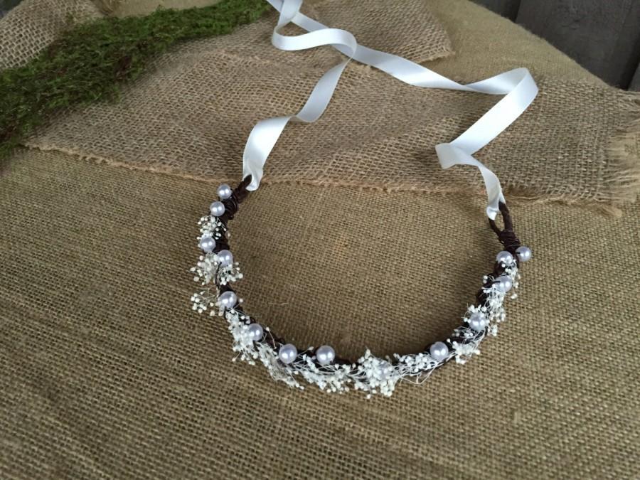Mariage - Bridal crown/ pearls & baby's breath crown/ baby's breath/ wedding accessory/ crown for wedding/ crown for bride/ hair crown/ rustic wedding