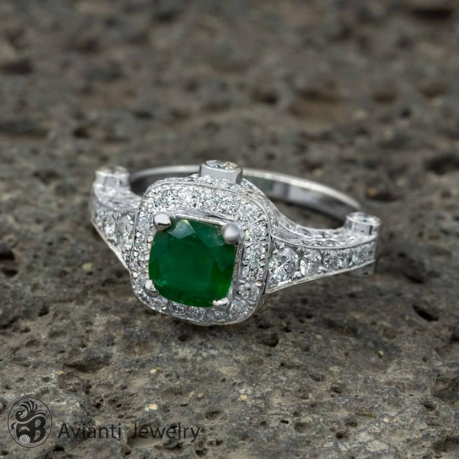 Mariage - Ring, Emerald and Diamond Engagement, Twentieth Anniversary, Emerald Cocktail Ring, May Birthstone Ring, Engagement Ring