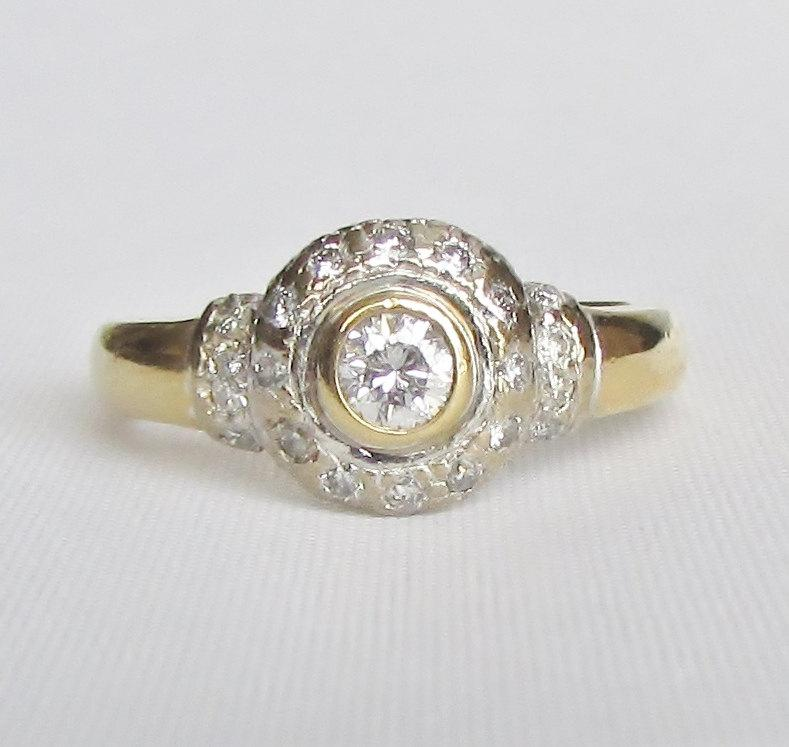 Свадьба - Halo Diamond Cluster Ring - Unique Engagement, Promise Ring, or Right Hand Ring! GIA Gemologist Appraisal Included 1.030 USD!