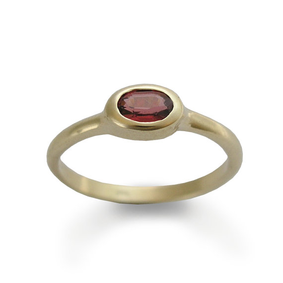 Boda - Faceted Garnet Gold ring, Handmade delicate ring, 14k Yellow Gold, Classic Engagement Ring, Bridal Jewelry, Minimalist ring, Statement ring