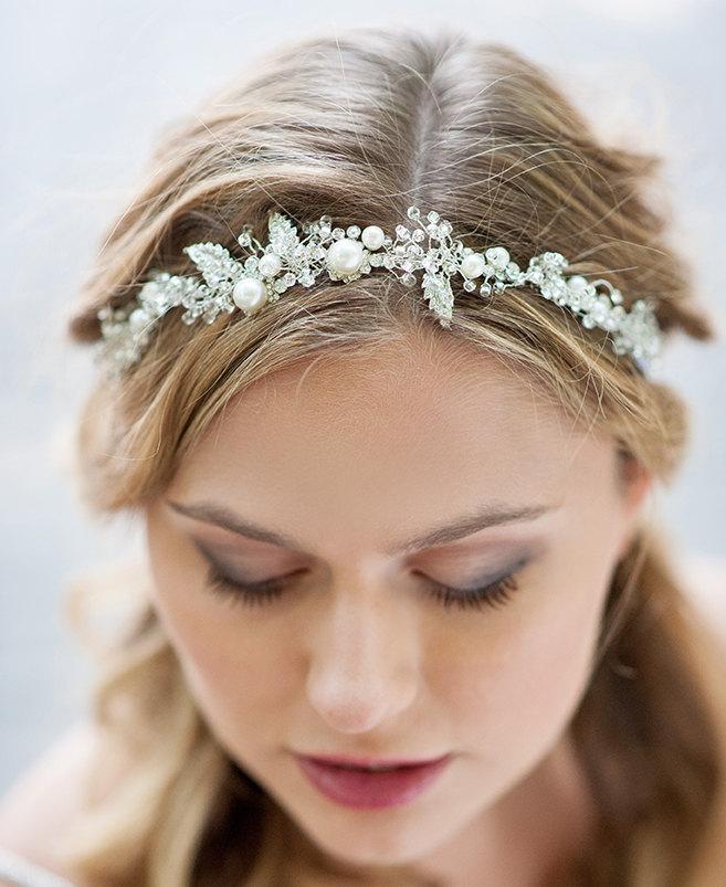 Hochzeit - Vintage style wedding hair vine wrap. Bohemian wedding hair accessory. Pearl halo. Wedding hair crown. Wedding hair vine. Opal hair vine