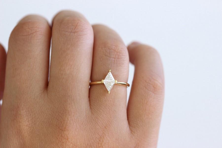 Mariage - Diamond Ring - Rhombus Diamond Engagement Ring - Trillion Diamond Ring - 18k Solid Gold