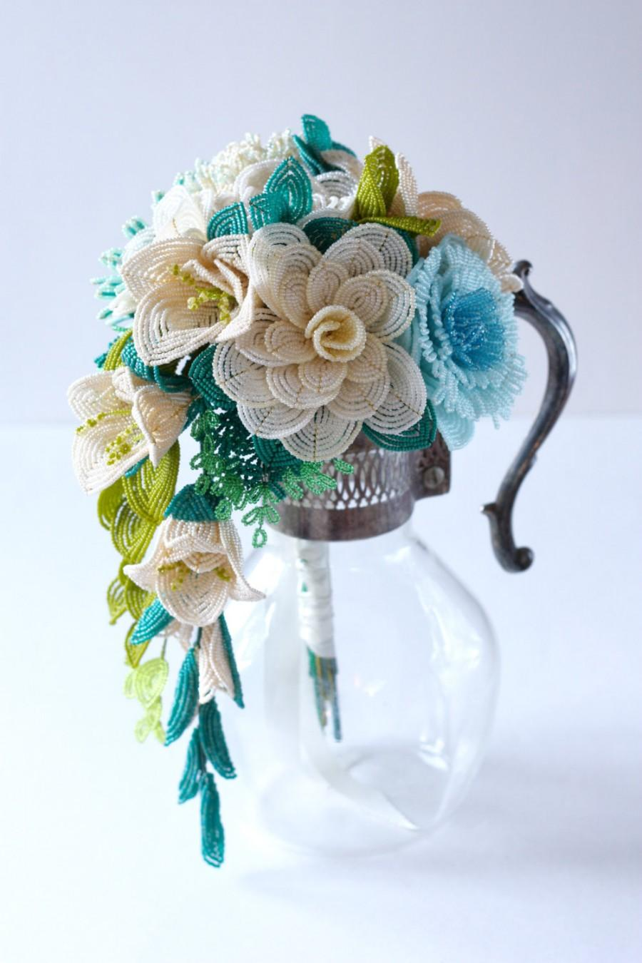 Mariage - Cascade Bouquet, Alternative bouquet with French beaded Flowers, Custom Bridal Bouquet, Wedding Flowers for Brides and Bridesmaids (Deposit)