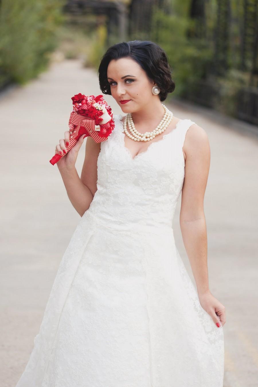 Wedding - Lace Wedding Dress - Tea Length - Runaround Sue