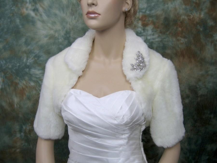 Свадьба - Sale - Ivory faux fur bolero jacket shrug Wrap FB004-Ivory - was 89.99