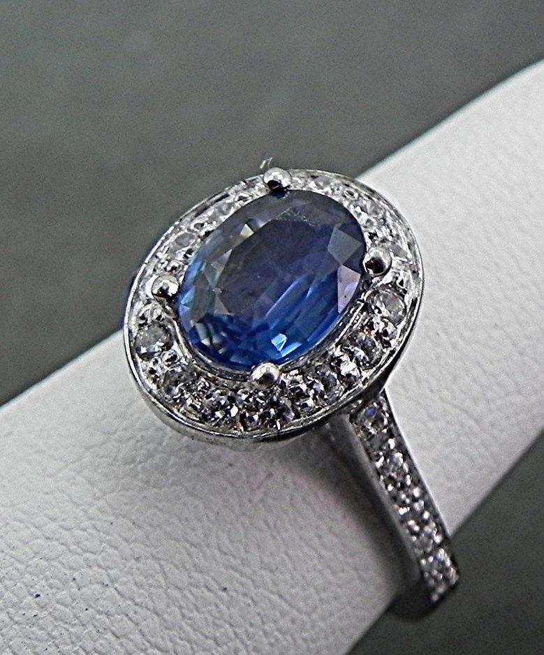 Свадьба - 1.36 Carat 8x6mm Natural Blue Sapphire Diamond Halo ring 14k White gold .50 cts of Diamonds1100