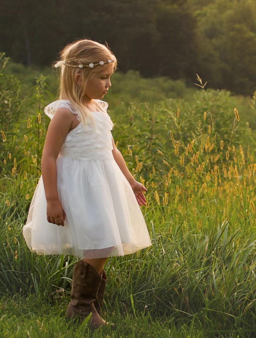 Mariage - Flower Girl Dress, lace girl dress, rustic flower girl dress, flower girl lace dresses, country lace dress, ivory lace dress, Girls dresses