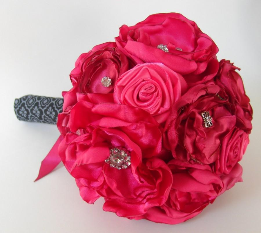 Hochzeit - Shades of Hot Pink Satin Flower Bouquet