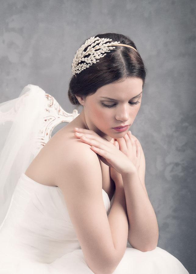 Свадьба - Buds bridal headpiece. Bridal headpiece. Wedding headpiece. Flange l floral headpiece. wedding headpiece. MOD538 bridal Crown