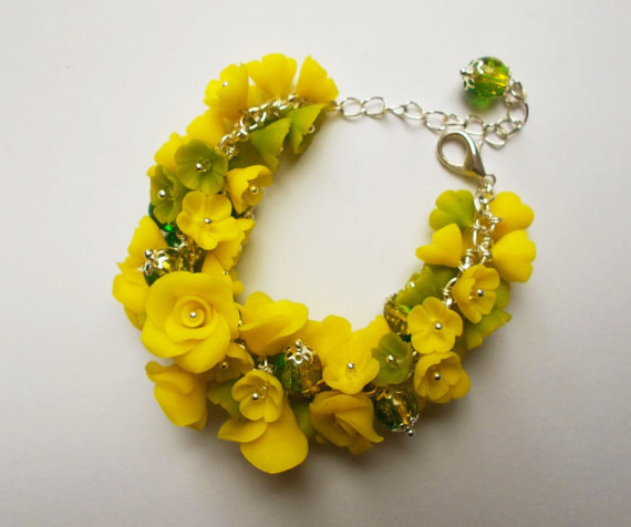 Mariage - Polymer clay jewelry bracelet Yellow green flower bracelet Floral jewelry Flower jewelry Summer gift under 50 nature bracelet flower roses