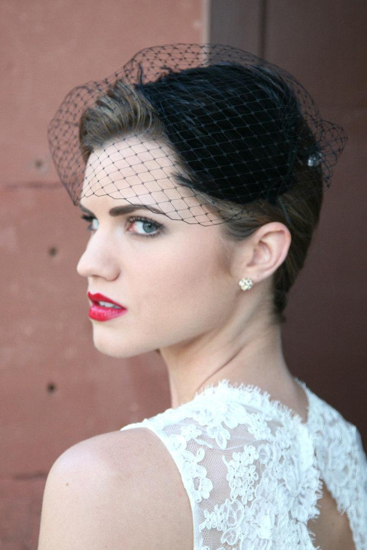 Mariage - Bridal Birdcage Veil Bandeau Style - Black Noir - Free Feather Fascinator with Purchase