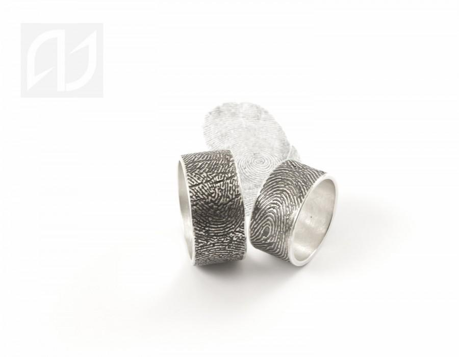 Mariage - Custom Fingerprint Wedding Ring,Recycled  Silver rings,Exterior Fingerprint Wrap rings,Mens Fingerprint band,Womens Fingerprint band, Gifts