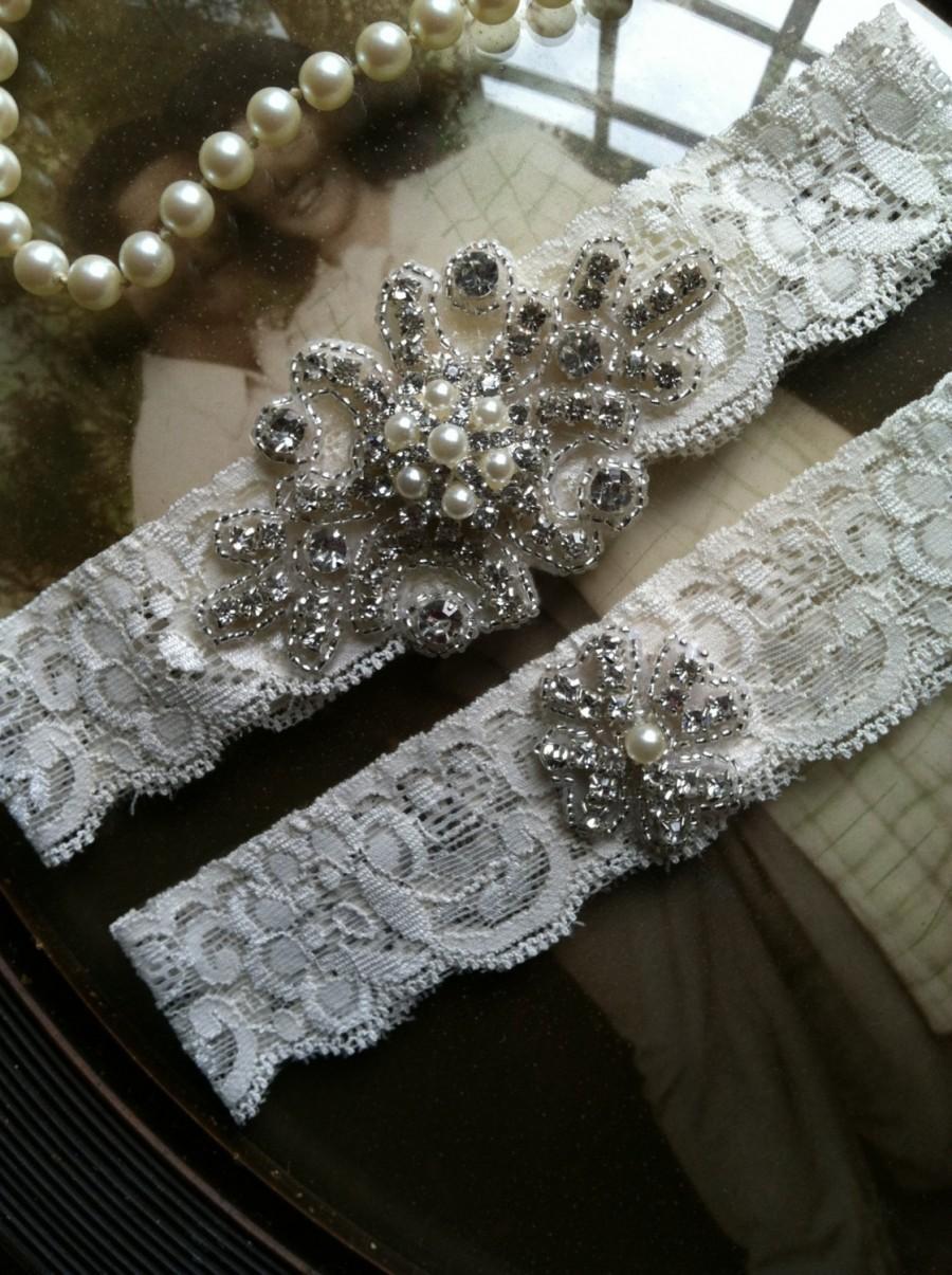 Hochzeit - SALE-Wedding Garter - Ivory Lace Garter Set - Rhinestone Garter - Applique Garter - Vintage - Bridal Garter - Vintage Garter - Toss Garter