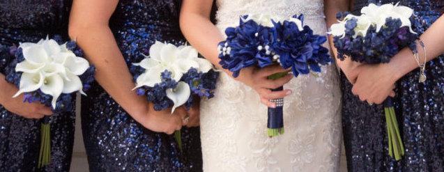 زفاف - Navy Blue Bouquet, Bridesmaid Bouquet, Blue Bouquet, Calla Lily Bouquet, White Calla Lilies, Navy Accent Flowers, Nautical Wedding, Unique