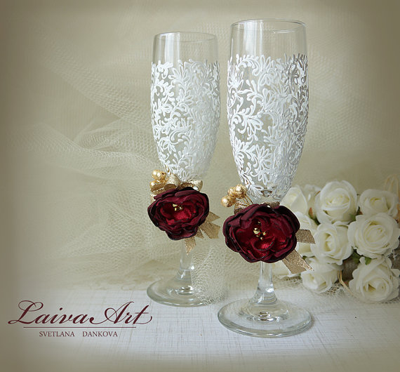 Wedding - Wedding Champagne Flutes Toasting Glasses Burgundy Toasting Flutes Wedding Champagne Flutes Bride and Groom Wedding Glasses