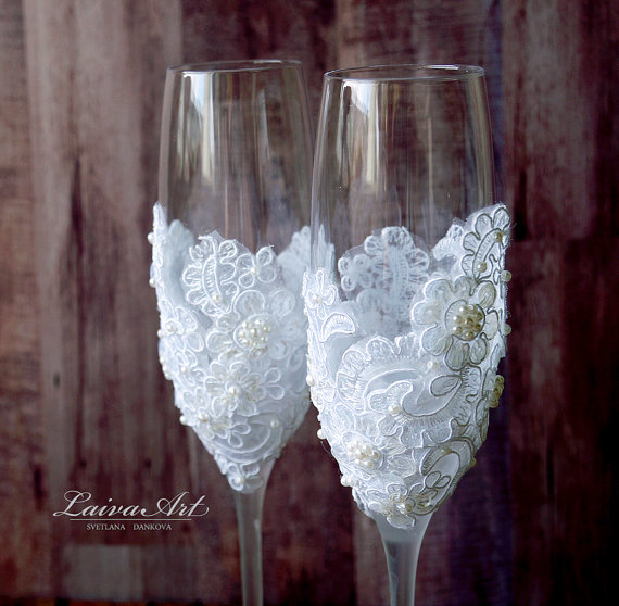 Wedding - Wedding Champagne Flutes Toasting Glasses Toasting Flutes Wedding Champagne Flutes Bride and Groom Wedding Glasses
