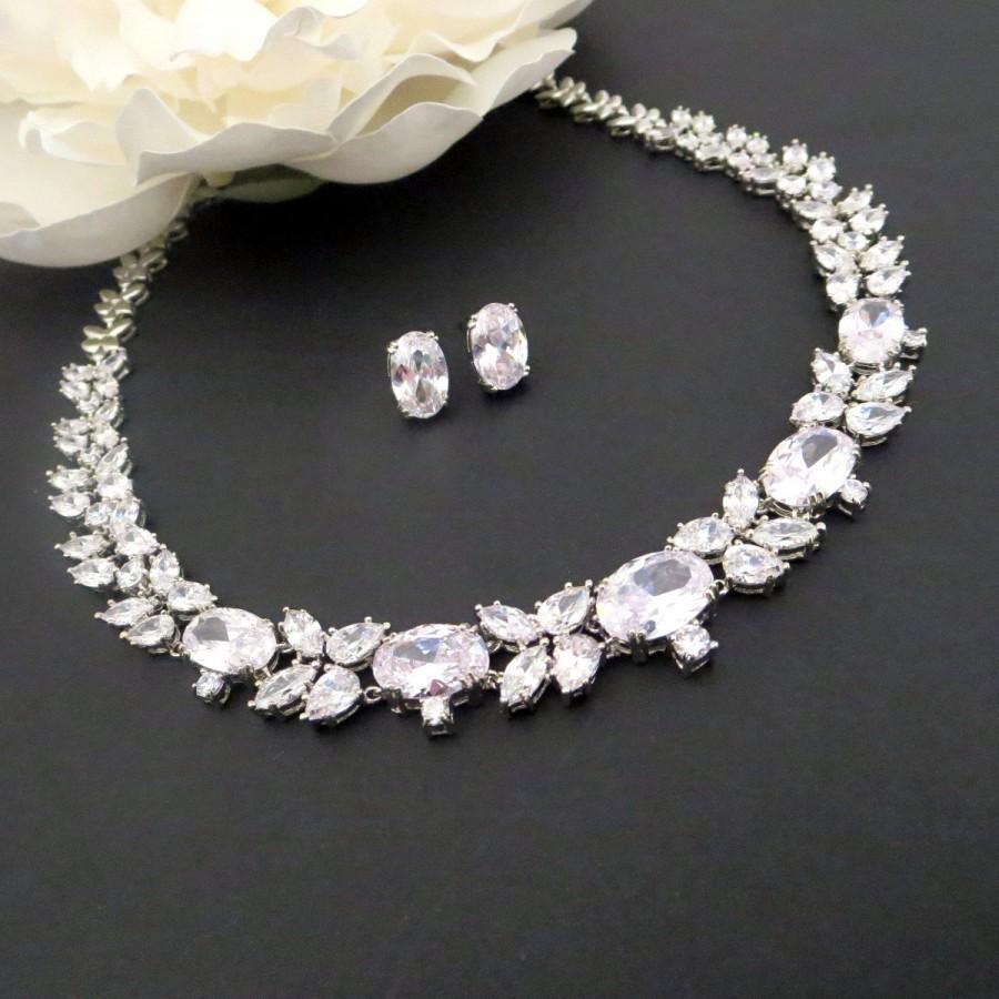Mariage - Bridal jewelry set, Wedding necklace set, Crystal Bridal necklace, Rhinestone earrings, Oval earrings, Rhinestone necklace, Vintage style