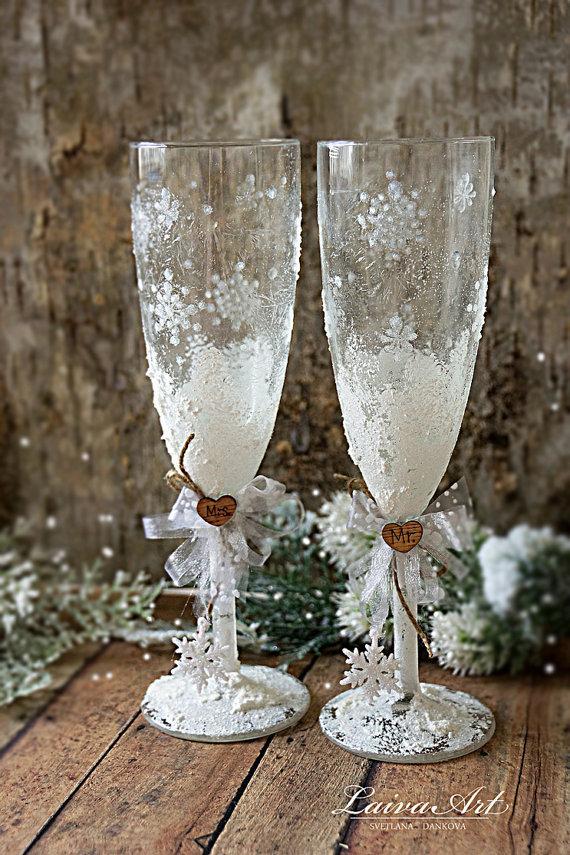 Wedding - Snowflake Wedding Champagne Glasses Winter Wedding Christmas Wedding Holiday Wedding Champagne Flutes