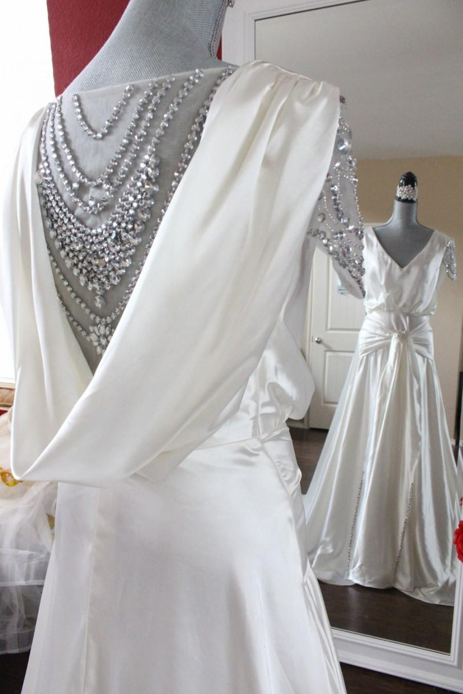 Gatsby Wedding Dress Emulation Silk Victorian Aline Goddess Glamour Vintage Beaded Gown: Vintage Glam Wedding Dresses At Reisefeber.org