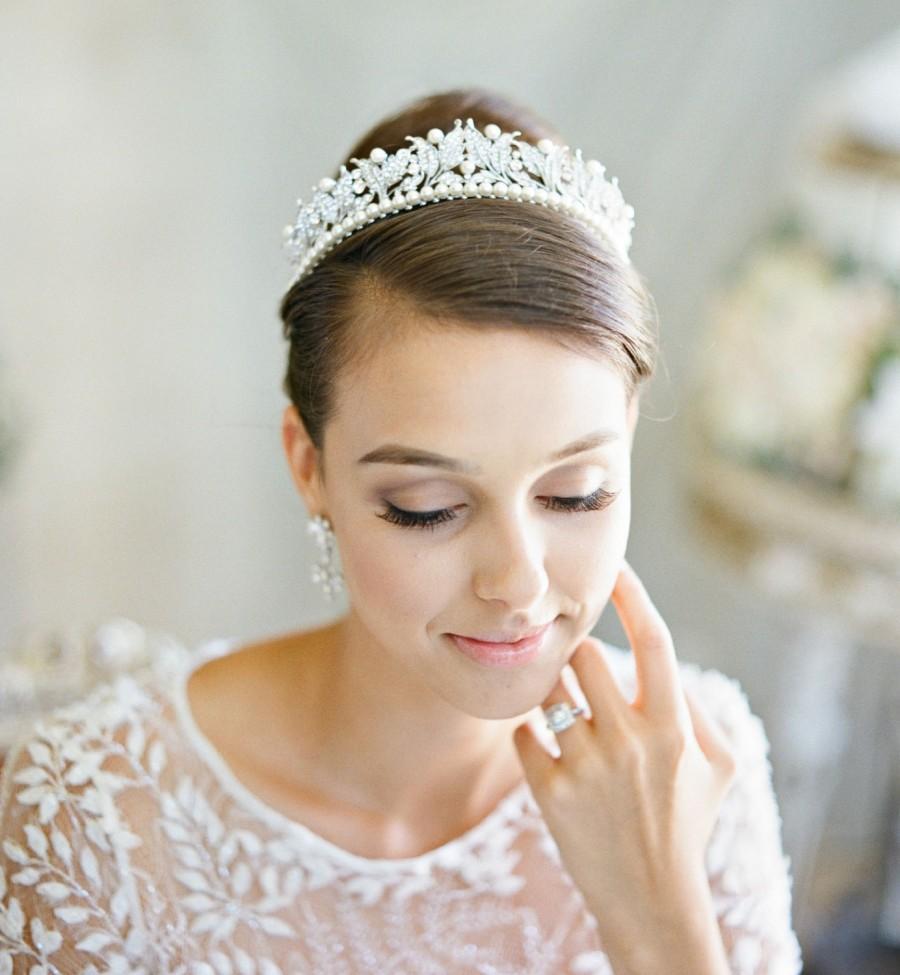 Mariage - Bridal Tiara Victorian Pearl Bridal Tiara, VICTORIA Pearl Tiara, Leaf Pearl Wedding Tiara, Swarovski Crystal Edwardian Bridal Tiara