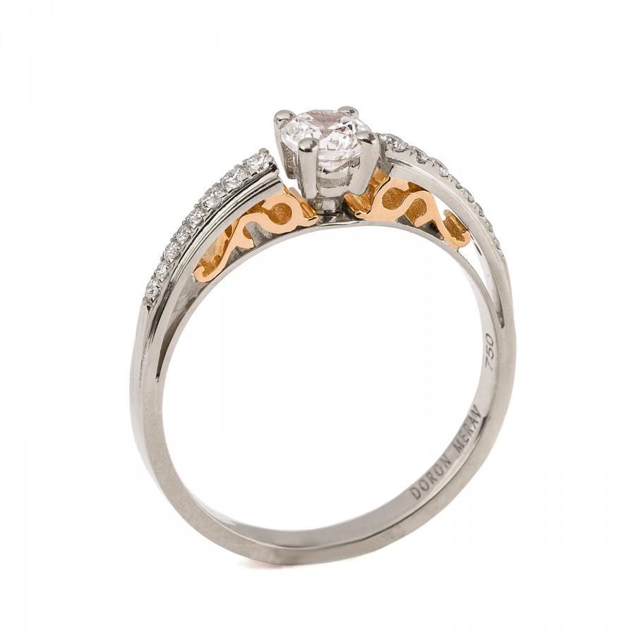 Mariage - Two Tone Edwardian Engagement Ring - 18K Gold and Moissanite engagement ring, unique engagement ring, scrollwork ring, art deco, edwardian,