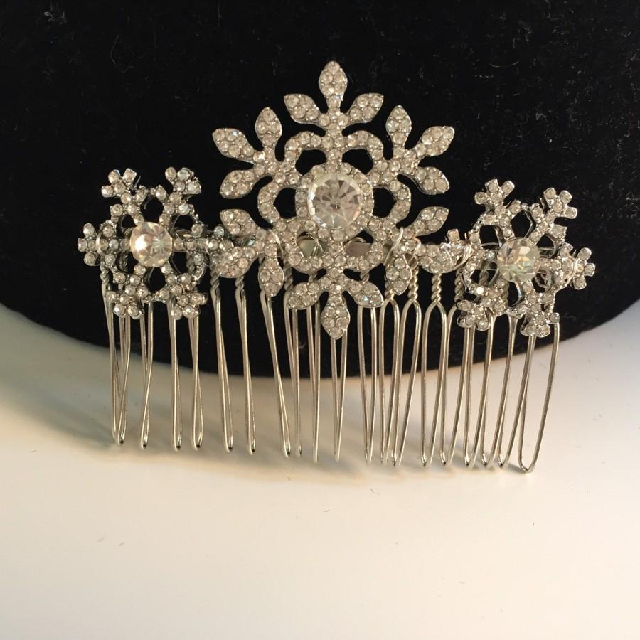 Mariage - Winter snowflake hair comb -Wedding hair comb -  Bridal hair accessories - party headpiece.