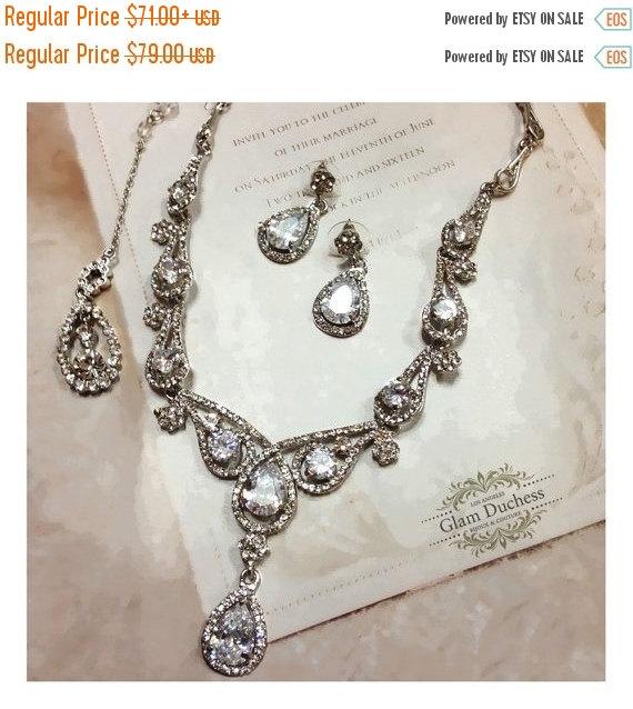 Bridal Jewelry Set, Wedding Jewelry, Vintage Inspired Back Drop ...