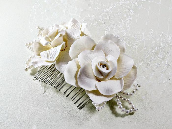 Свадьба - Bridal birdcage veil, Rose flower fascinator, Vintage wedding hair piece, Bird cage blusher, Statement headpiece Short face veil Ivory White