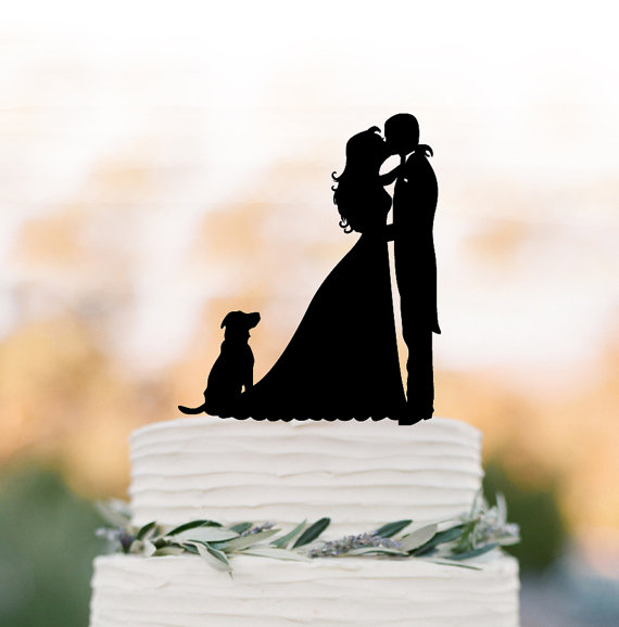 Hochzeit - Bride and groom wedding cake topper with dog, birthday cake topper, anniversary gift, funny wedding cake topper, family