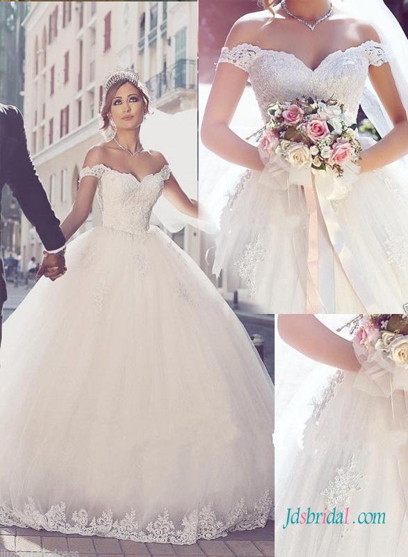 Свадьба - Dreamy off the shoulder lace bodice princess wedding dress