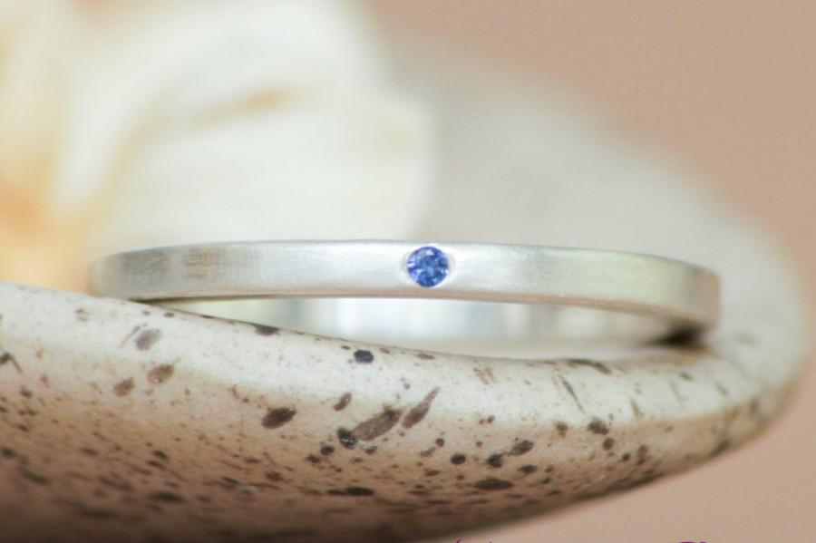 Mariage - Inset Blue Sapphire Modern Band in Sterling - Silver Matte Square Shaped Band with Inset Single Stone - Unisex Anniversary Ring - Inset Band