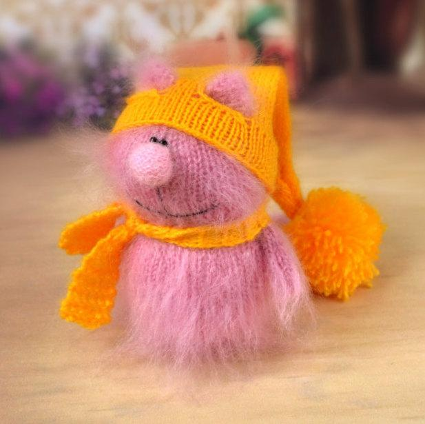 Amigurumi Cat Toy : SALE Pink Cat In Yellow Hat - Hand-Knitted Cat Toy ...