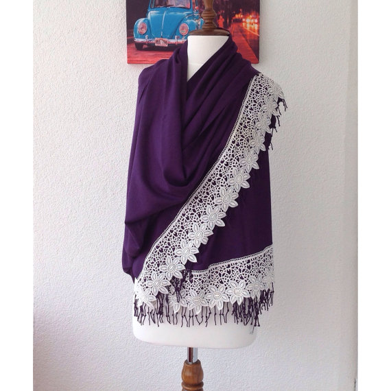 Mariage - Purple Wedding Shawl, Bridal Shrug, Luxurious Shawl, Ivory Scarf, Bridal CoverUp, Wedding Wrap, Bridesmaid Gifs