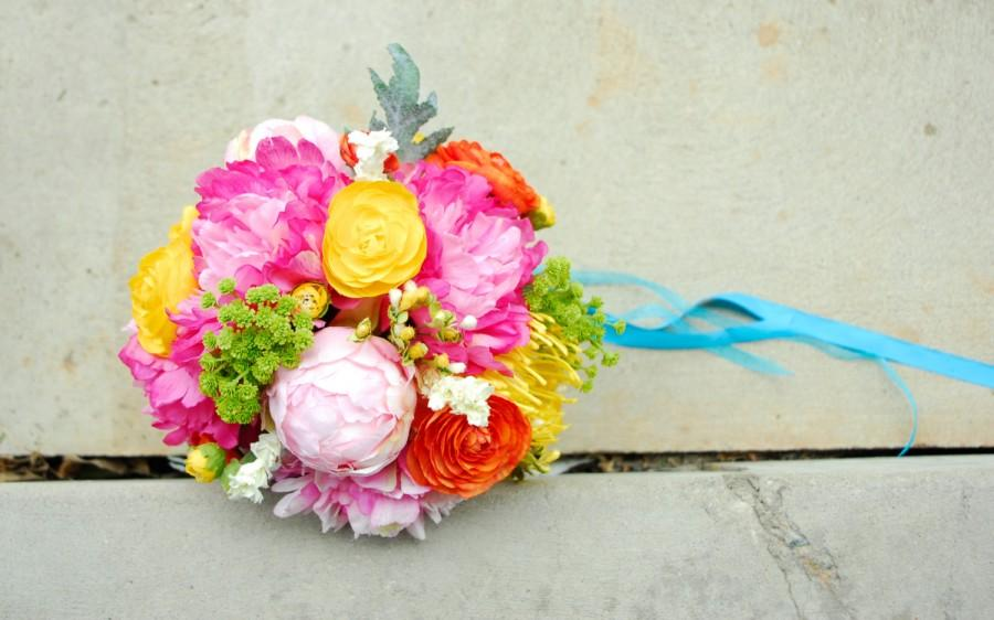 Свадьба - Brightly Colored Eclectic Bouquet with Real Touch Peonies, Orange and Yellow Ranunculus, Peony Buds, Green Wildflowers