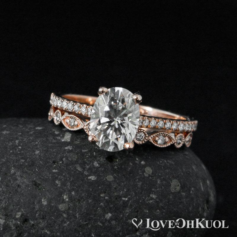 Forever Brilliant Oval Solitaire Engagement Ring Set Milgrain