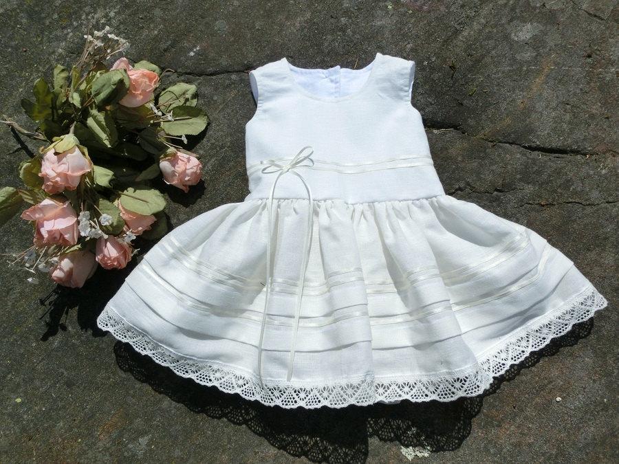 زفاف - White christening gown, girls baptism dress, baby flower girl dress. Rustic baby dress, linen infant flower girl dress. Off white baby dress