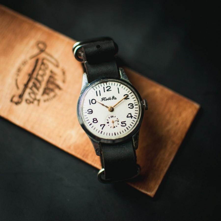 Свадьба - Men's watch Pobeda, white retro watch, soviet watches, watches for men, men vintage watch, watch men, leather NATO strap