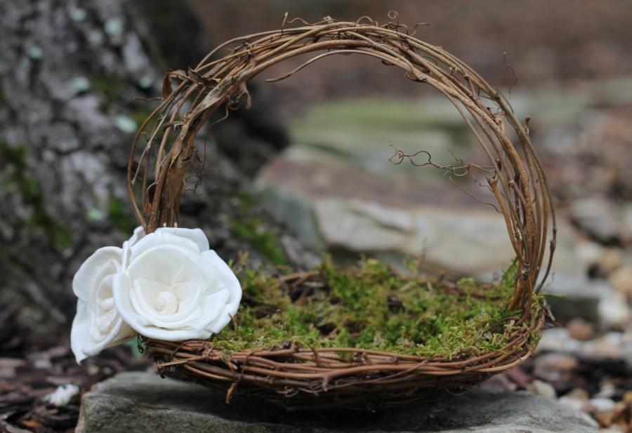 Свадьба - Rustic Flower Girl Basket Nest, Paper Roses Rustic Wedding, Shabby Chic Wedding