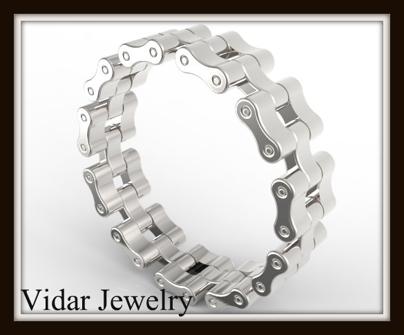 Mariage - Unique Bike Chain Wedding Band.Custom Wedding Ring From Vidar Jewelry Boutique,925 Sterling Silver Chain Wedding Ring For Mens
