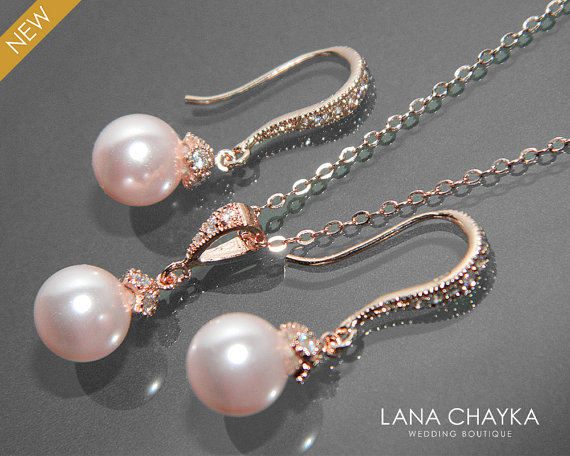 Mariage - Rose Gold Pink Pearl Jewelry Set Bridal Pearl Necklace&Earring Small Set Swarovski 8mm Rosaline Pearl Set Drop Blush Pink Pearl Jewelry Set