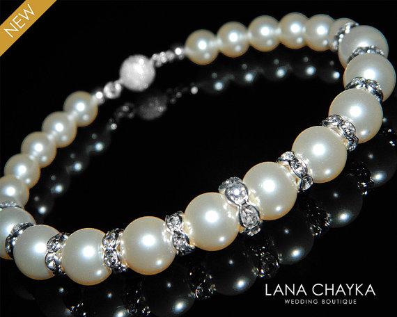 Свадьба - Bridal Ivory Pearl Bracelet Swarovski Cream Pearl Silver Bracelet Wedding Pearl Bracelet One Strand Pearl Bracelet Bridesmaid Pearl Jewelry