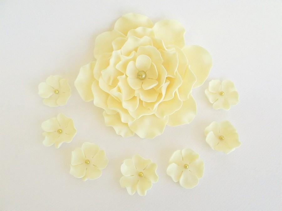 15 sugar edible flowers for cakes yellow wedding cream decor 15 sugar edible flowers for cakes yellow wedding cream decor fondant flowers gumpaste cake topper edible 50 anniversary party engagement mightylinksfo