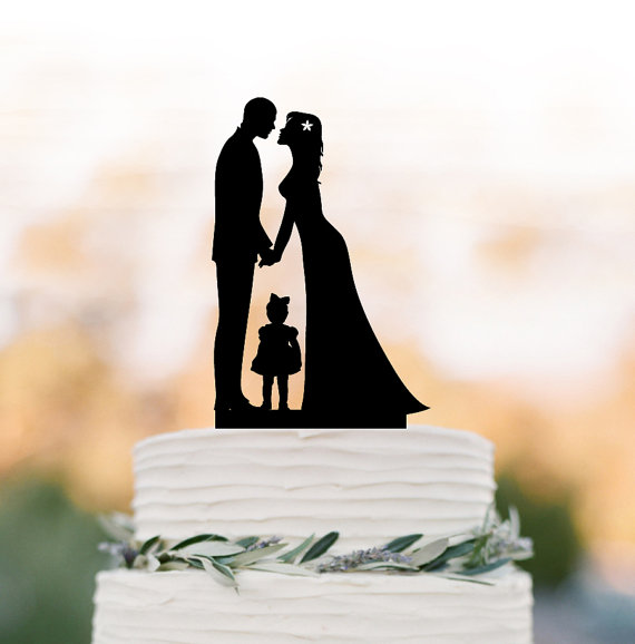 Hochzeit - Family Wedding Cake topper with little girl, funny wedding cake toppers with child, cake topper bride and groom silhouette
