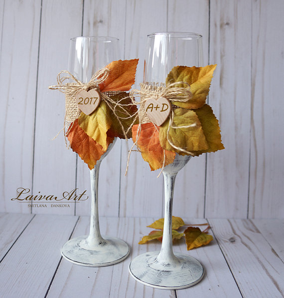 Wedding - Personalized Rustic Fall Holiday Wedding Champagne Flutes Wedding Toasting Flutes Fall Wedding Glasses Thanksgiving wedding