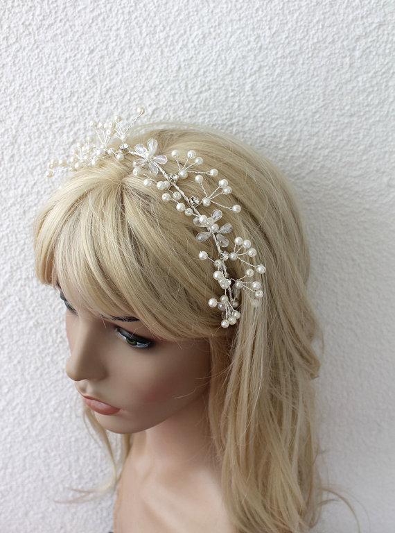 Mariage - Wedding Tiara, Wedding Hair Wine, Bridal Headband, Country Bride, Hippie headband flowergirl, Bridal Halo